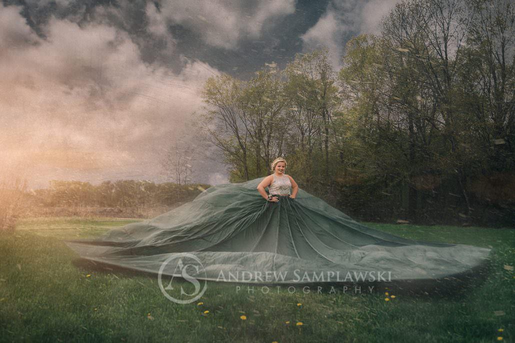 Parachute_senior_samplawski