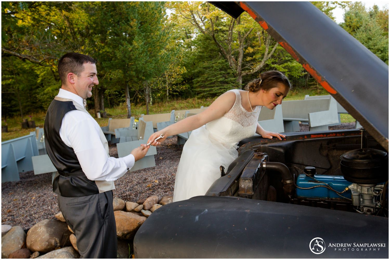 brule river barn wedding andrew samplawski photography